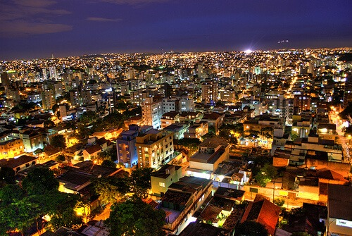 imagem noturna do bairro cidade nova